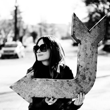 """KACEY MUSGRAVES RELEASES """"FOLLOW YOUR ARROW"""""""