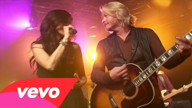 Little Big Town – Quit Breaking Up With Me (Live From iHeart Radio Theater)