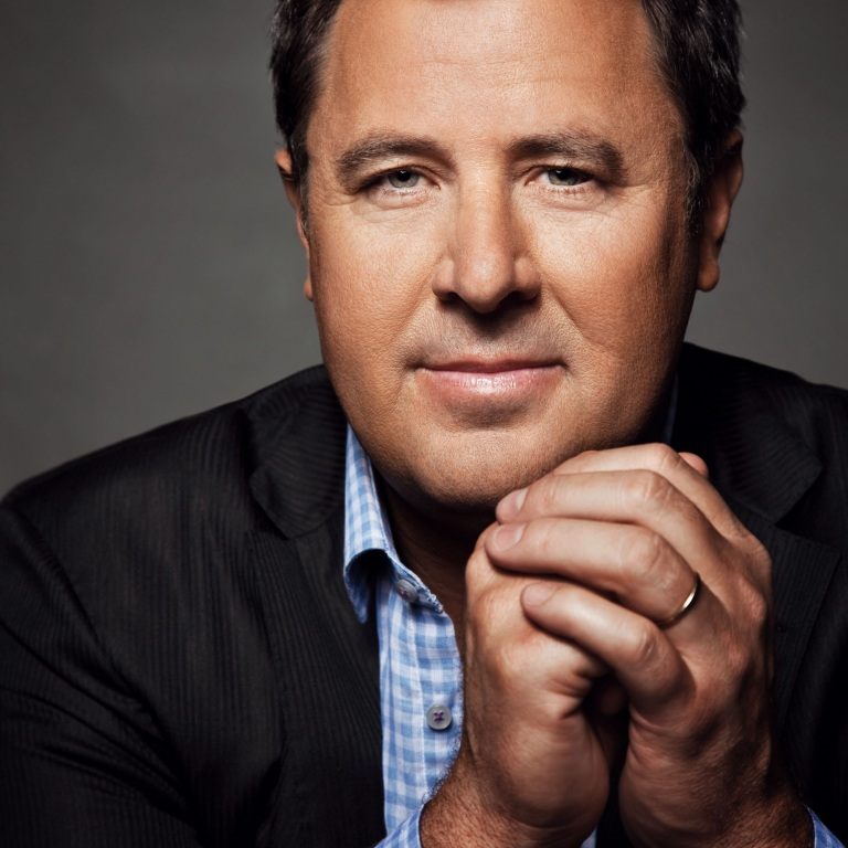 VINCE GILL ANNOUNCES TOUR DATES FOR 'VINCE GILL & FRIENDS.'