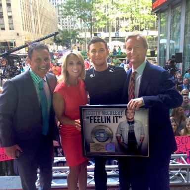 "SCOTTY McCREERY RECEIVES RIAA GOLD-CERTIFIED SINGLE FOR ""FEELIN' IT"""
