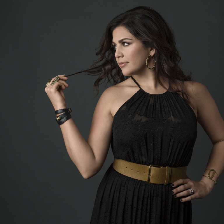 """HILLARY SCOTT & THE SCOTT FAMILY'S """"THY WILL"""" TOPS THREE RADIO CHARTS THIS WEEK INCLUDING THE NATIONAL CHRISTIAN AUDIENCE, BILLBOARD'S CHRISTIAN DIGITAL SONGS AND BILLBOARD'S HOT CHRISTIAN SONGS CHARTS"""